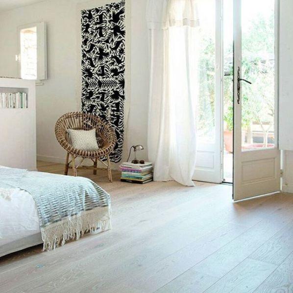 Soverommet blir nydelig og innbydende med lyst gulv. Vi har et stort utvalg laminat og parkett fra Berry Alloc. Kom innom og finn din favoritt :)