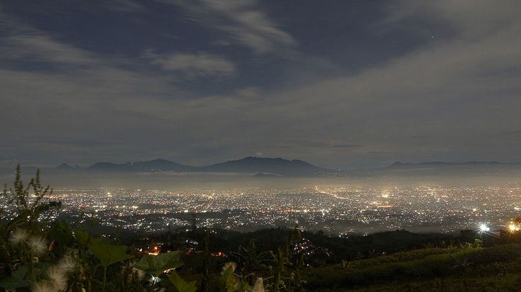 Caringin Tilu, Bandung