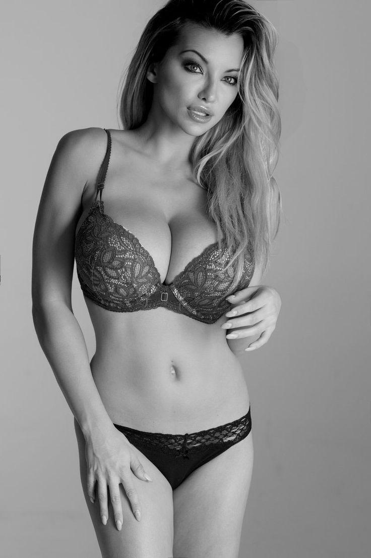 Lindsey Pelas American Supermodel On Behance Lindsey