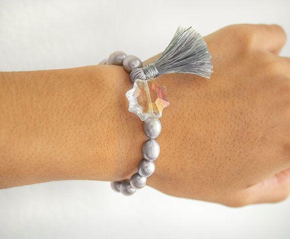 fresh water pearls bracelet elastic bracelet by ErikaKormaDesigns