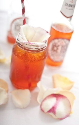Serving suggestion  You will need: paper straws, fresh rose petals,  jam jars & ice... This serving suggestion is great for Indy Weddings, birthday party's and ice tea cocktails :)