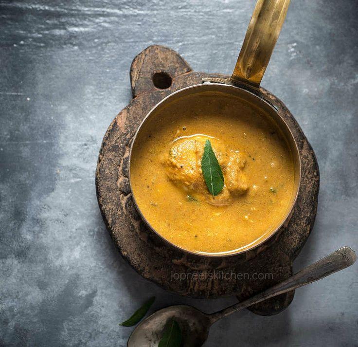 Spicy Muttai Kurma Recipe / South Indian style Egg Drop Curry