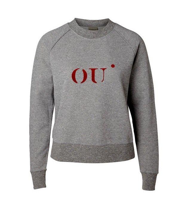 Irene Printed LS trui - Deze leuke trui van Selected Femme heeft een print aan de voorkant en is heerlijk zacht aan de binnenkant.