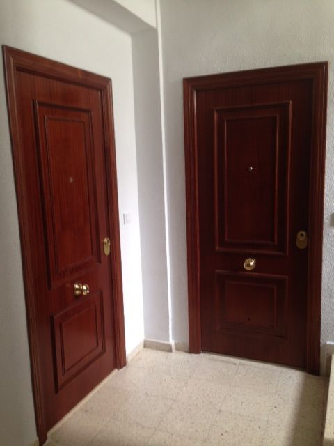 Las 25 mejores ideas sobre puertas blindadas en pinterest for Puertas blindadas