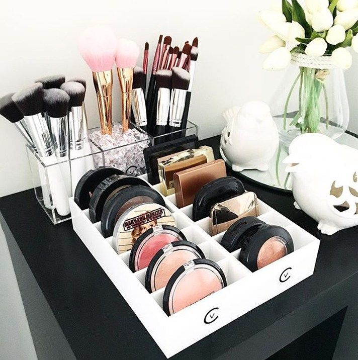 17 gorgeous makeup storage ideas   beauty   vanity organization ideas   trays for blush and brushes