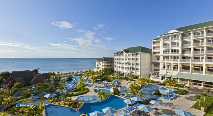 ¡Vamos! El #SHERATON Bijao Resort te espera en #Panamá! Vive la experiencia y disfruta comprando con #Despegar #trip #hostel #hotel #turismo #viaje #viajar #travel