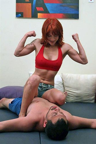Woman Wrestling With Man Headlock, Headscissors  Triangle -8433