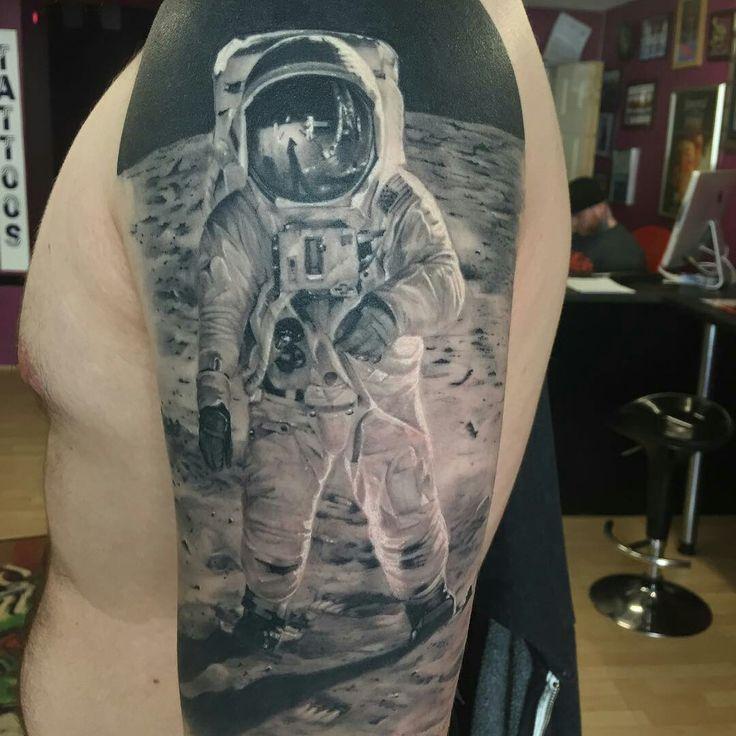 Mejores 55 im genes de espacio tattoo en pinterest ideas for Mobile tattoo artist