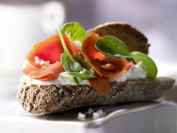 Weight watchers salmon sandwiches recipe 7 smart points for Weight watchers points fish