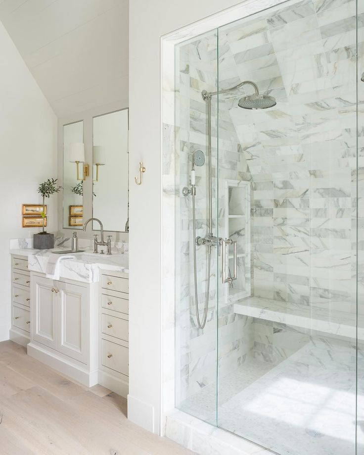 Marble Bathrooms Photos: 60 Best Marble Bathrooms Images On Pinterest