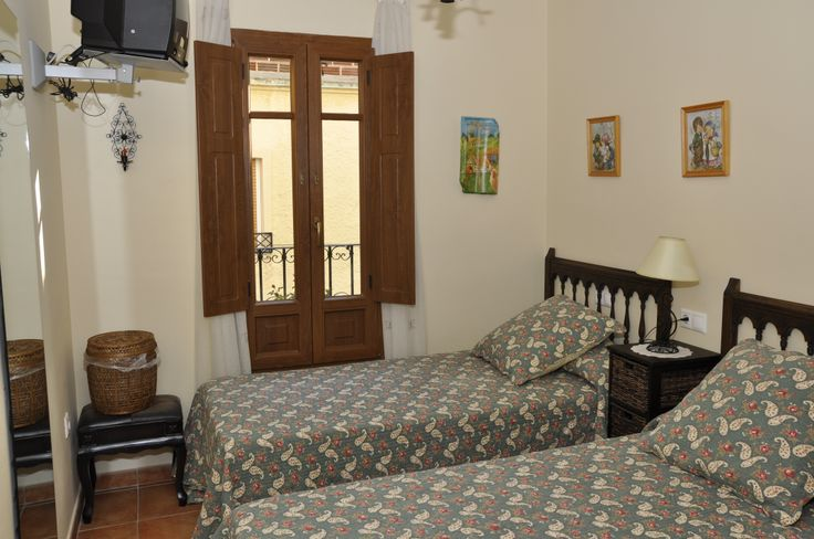 Habitación dos camas, primera planta Ravalet 21
