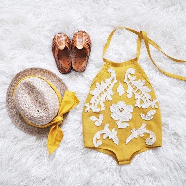Summer Uniform -right?! Just the right outfit for everyday of summer! Romi approved! ☀️☀️☀️@oxeyedbaiby