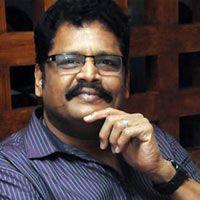 Happy birthday K S Ravikumar -   Ace filmmaker K S Ravikumar is celebrating his birthday today. The man who rendered several hits in the industry starring biggies like Rajinikanth, Kamal Haasan...  Read More: http://www.kalakkalcinema.com/tamil_news_detail.php?id=6905&title=Happy_birthday_K_S_Ravikumar