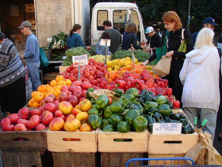 Farmer's Market in Inwood, Manhattan. Saturdays between 8AM and 3PM YUM