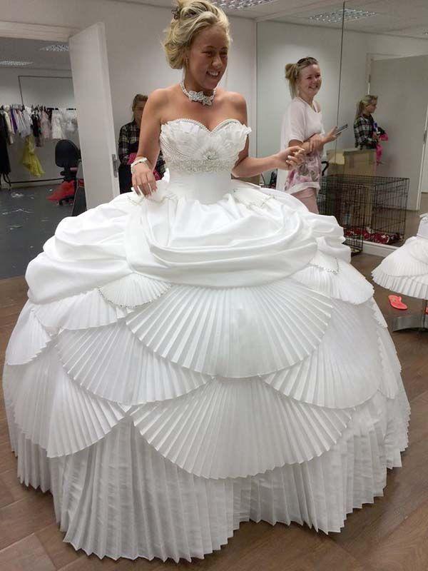 Картинки свадебных платьев смешные, открытка для