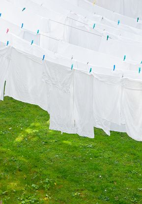how to clean white laundry