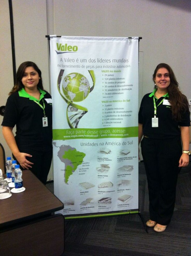 Ariella & Nathalia from Valeo Group waiting for the candidates at the #CentraleCareerForum