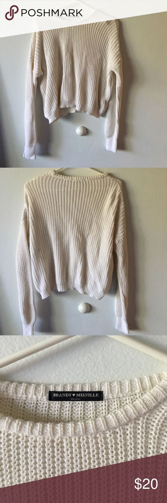 Loose white knit sweater In very good condition. No stains or tears or thread pulled out. Brandy Melville Sweaters Crew & Scoop Necks