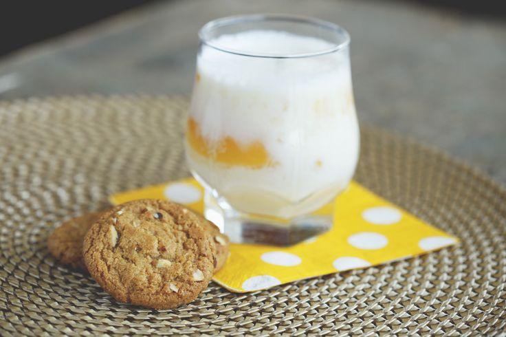 Vital aux amandes et son d'avoine & Lait frappé à la pêche // Vital Almond & Oat Bran & Peach milkshake