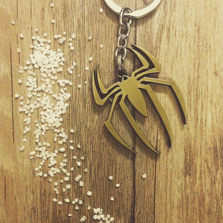 "Móc chìa khóa Spider Man ""We have to be GREATER than what we SUFFER""  #Giá: #50k #hanoi #vietnam #cute #keychain #forteen #instagood"