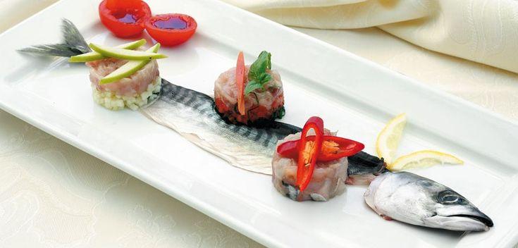 """""""Tartare di sgombro"""" dello chef Michele Frandolic del Ristorante Azzurra di Riccione (RN)  #lamadia#lamadiatravelfood #food"""