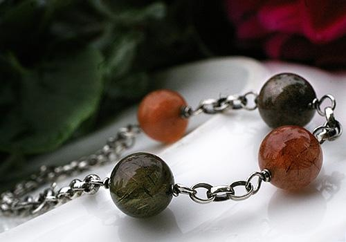 Rutilated Quartz bracelet by Pako korut.