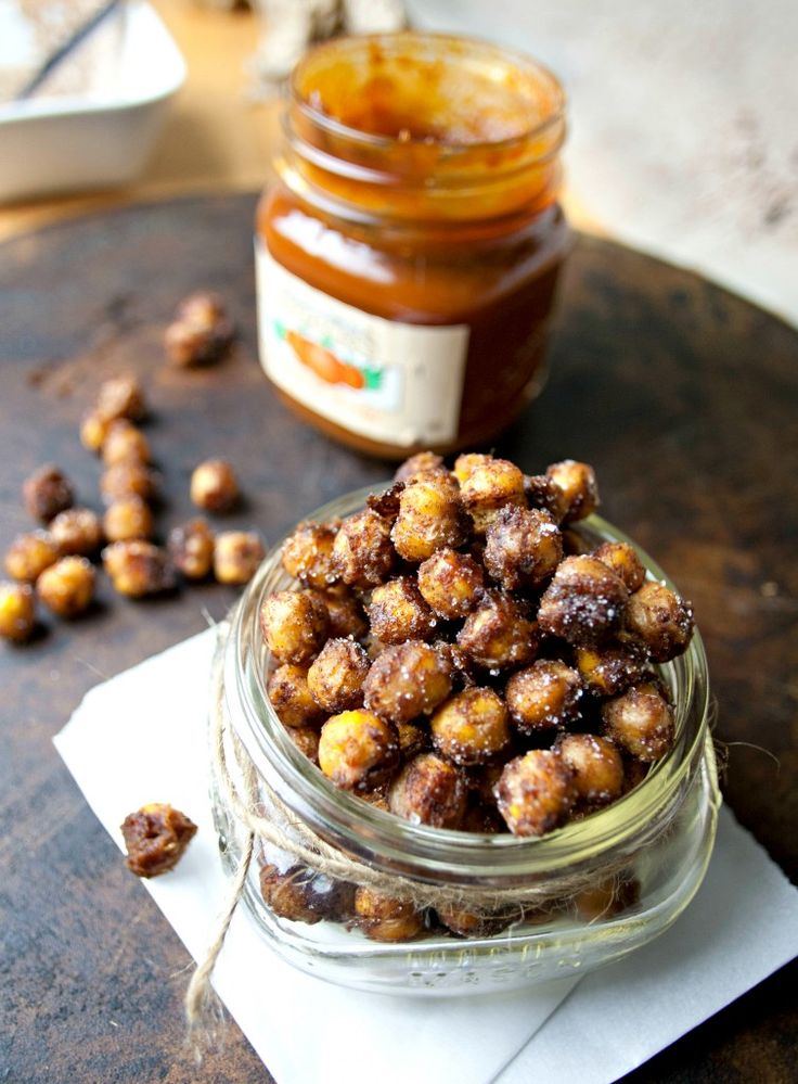 Like little bits of pumpkin pie, these roasted chickpeas are the perfect Fall snack. And healthy too!