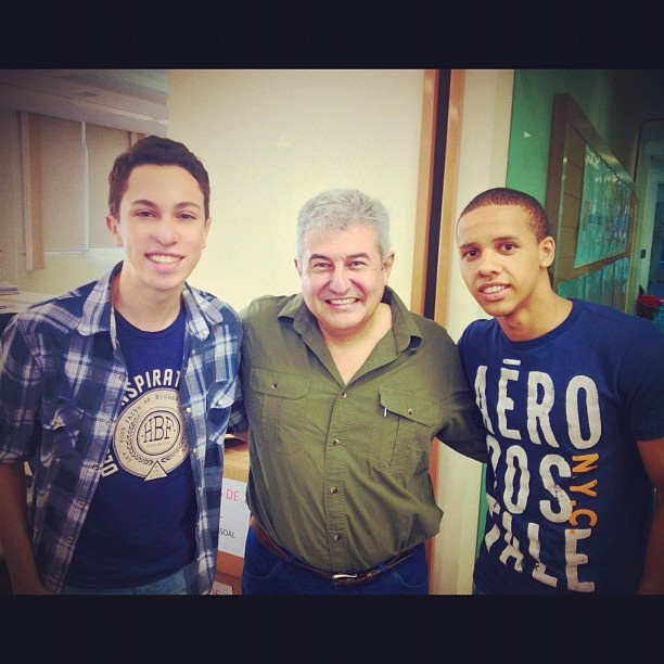Ja tenho mil fotos com ele, Mr. Marcos Pontes! #first #astronaut #space #galaxy #NASA #brazil #brazilian #usa #moon #boys #ezequiel #marcospontes #hbf #handbook #aero #instacool - @zmarcelojr- #webstagram