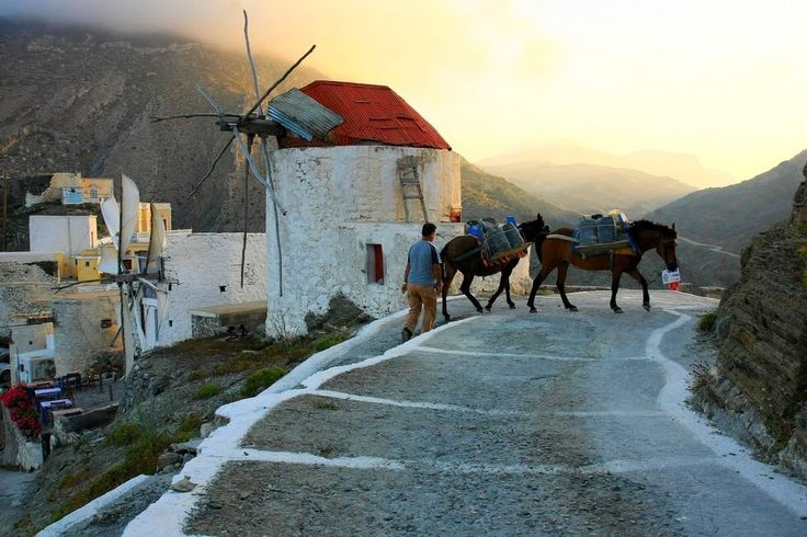 Old windmills, on Olymbos village, #Karpathos island