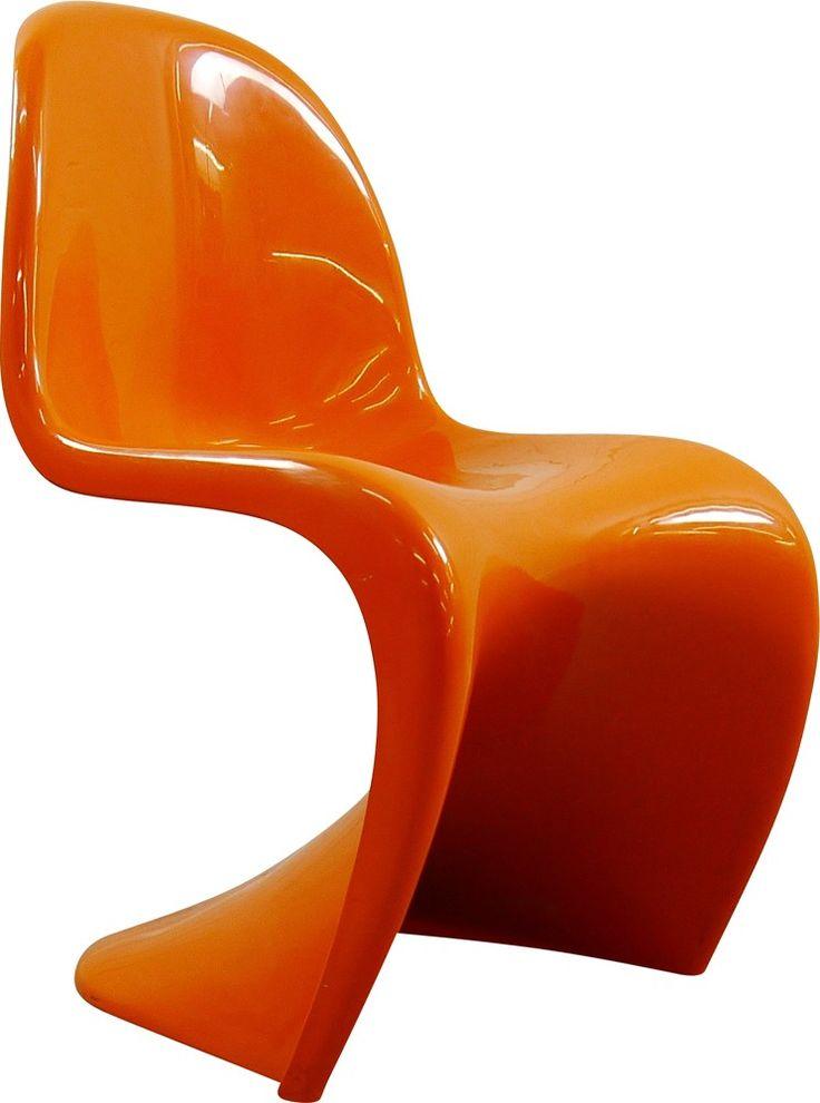 Chaise Panton orange de Verner PANTON datant des années 70. Editeur : Herman Miller. Chaise monobloc en ABS orange. Estampillée sous assise. Plusieurs exemplaires disponibles, prix unitaire affiché.