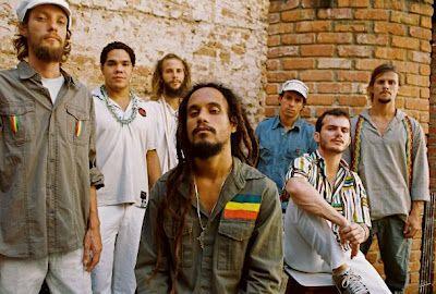 A banda de reggae Ponto de Equilíbrio vai gravar o seu primeiro DVD no próximo 14 de junho, no Circo Voador, no Rio de Janeiro. Formado por Hello Bentes (vocalista), Márcio Sampaio (guitarra base), Ras André (solo, violão e kete), Marcelo Campos (percussão, baterista e composição), Lucas Kastrup (baterista), Tiago C