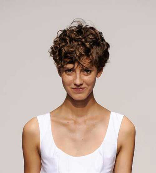 Fashionable Style  Longer pixie styles are really popular among young women, curly long hair on top looks really cool and adorable too!