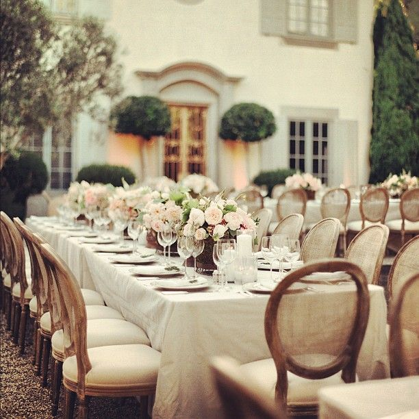 like the table set up, would want more rustic chairs though