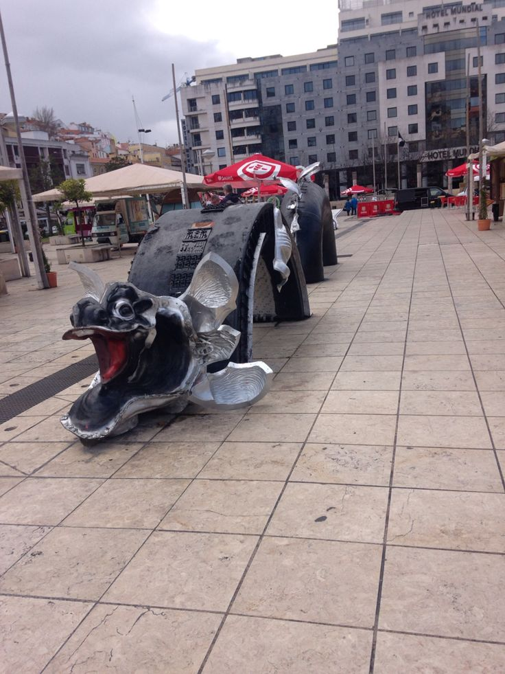 Chinese Square Lisbon
