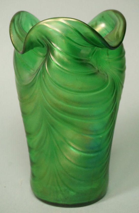 LOETZ style Iridescent Green Art Glass Vase. Ripp : Lot 133