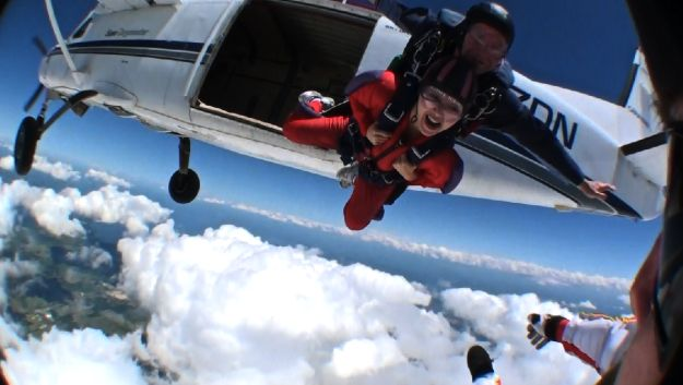 Coffee, Blogging & Skydiving: An Interview with Cafe from Your Daily Dose!