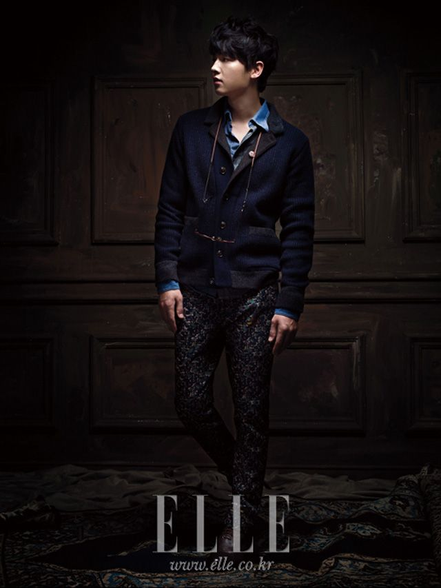 Extra Customellow Photos Of Song Joong Ki In Elle's September Edition