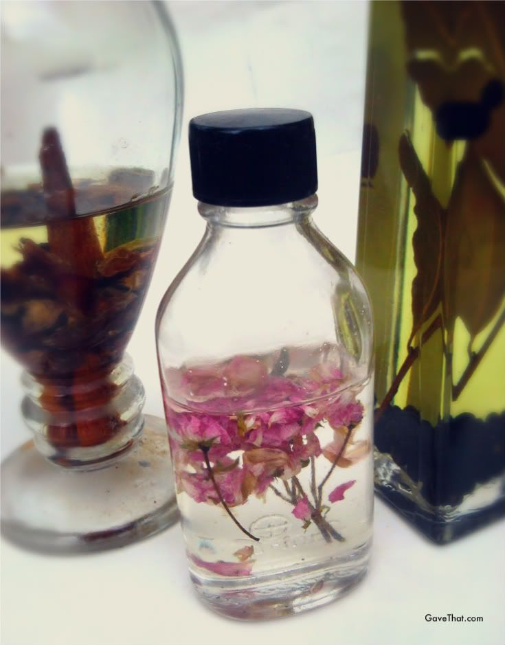 Diy Fl Oils Ugh No Instructions On This One Bath Body Pinterest And Flower Crafts