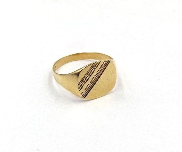 Men's 9ct Gold Signet Ring | 9k Man's Ring | UK size V ~ US size 10 1/2 by DaisysCabinet on Etsy