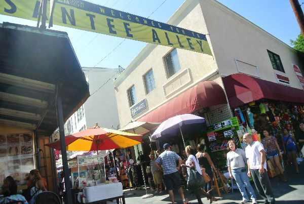 Santee Alley Shopping: Los Angeles Fashion District