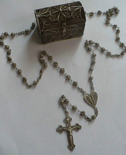 fine miniature Holy Rosary chest colonial Sterling Silver filigree 18th