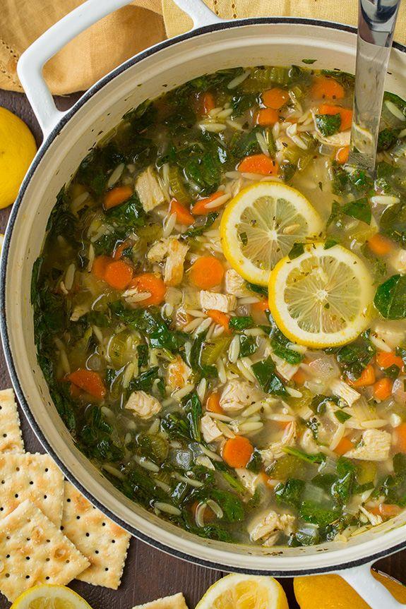 Limón pollo y espinacas sopa de Orzo |  Cocinar con clase