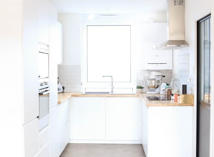 Cuisine IKEA, Scandinave, blanc, épurée, VOXTORP, minimaliste