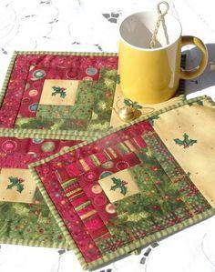 log cabin Christmas mug rugs