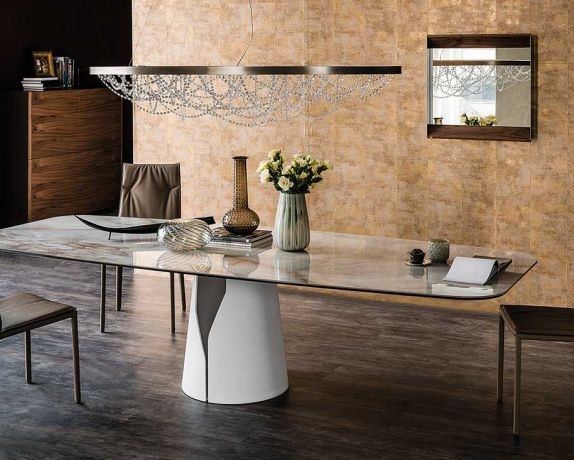 Stunning Dining Table Designed With The Kind Of Italian Style And Sophistication Synonymous Cattelan Italia Luxurious Marmi Calacatta Or Alabastro