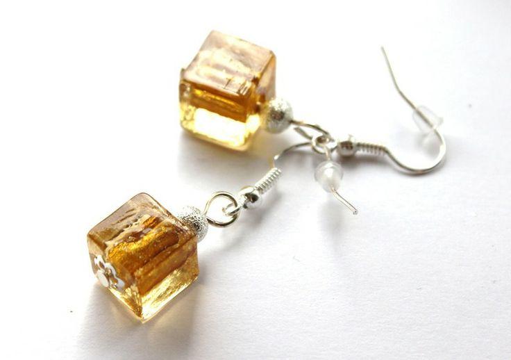 Kolczyki-kostki z żółtego szkła weneckiego w Especially for You! na http://pl.dawanda.com/shop/slicznieilirycznie  #kolczyki #earrings  #handmade #DaWanda  #glass #szkło