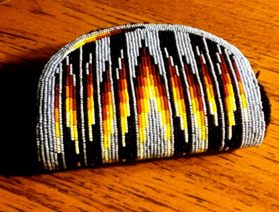 Fully beaded coin purse by Tumukwu (Chenoa Williams, Paiute) on Etsy