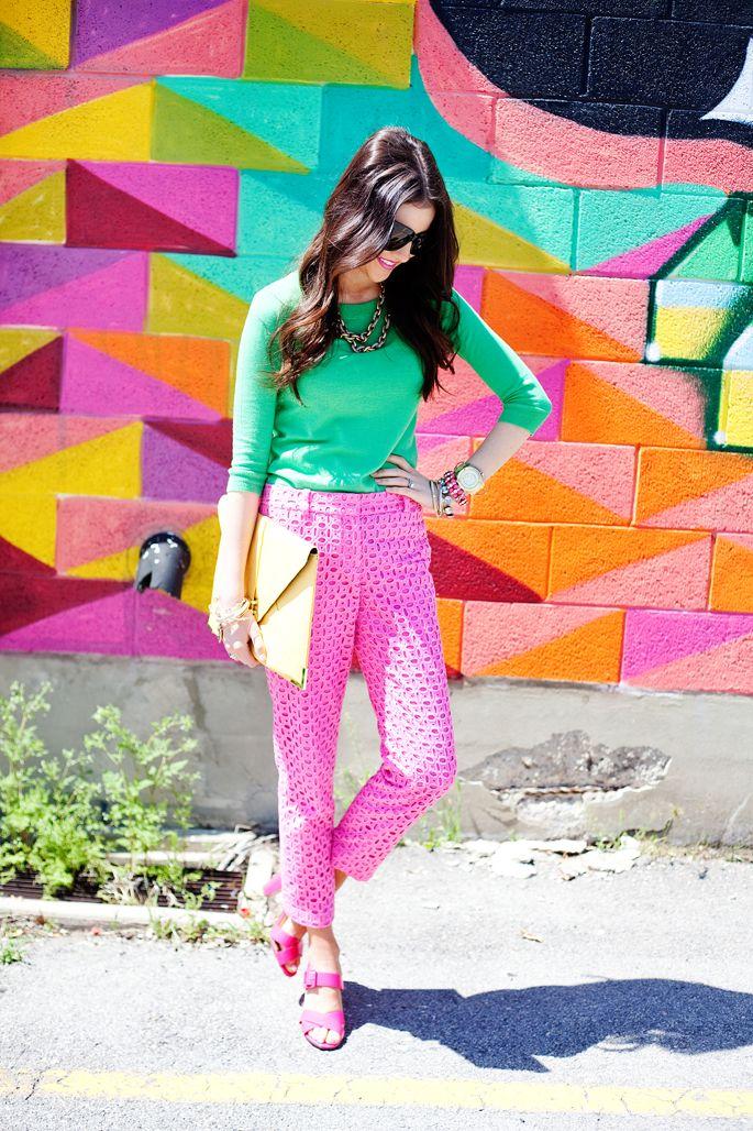 pink pants @ http://4.bp.blogspot.com/-Gs4aT81Ki4k/T8hm47_-URI/AAAAAAAAEfU/tGKUCq6P6Jo/s1600/Mulit2.png