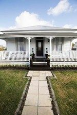 Alice and Caleb's Front Yard - Room Reveals - Alice and Caleb - Teams - The Block NZ - Shows - TV3