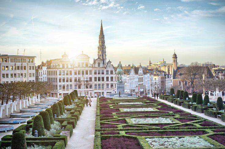 IAȘI – Bruxelles Charleroi cu Wizz Air, din 8 iulie 2018